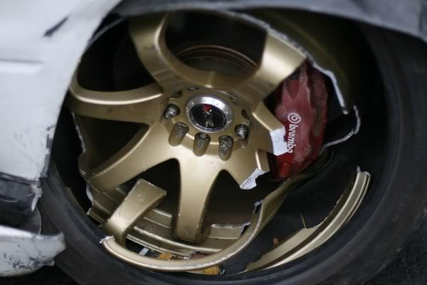 broken-wheel-02.jpg